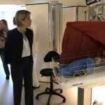 Minister of Health and Social Affairs visits neonatal ward