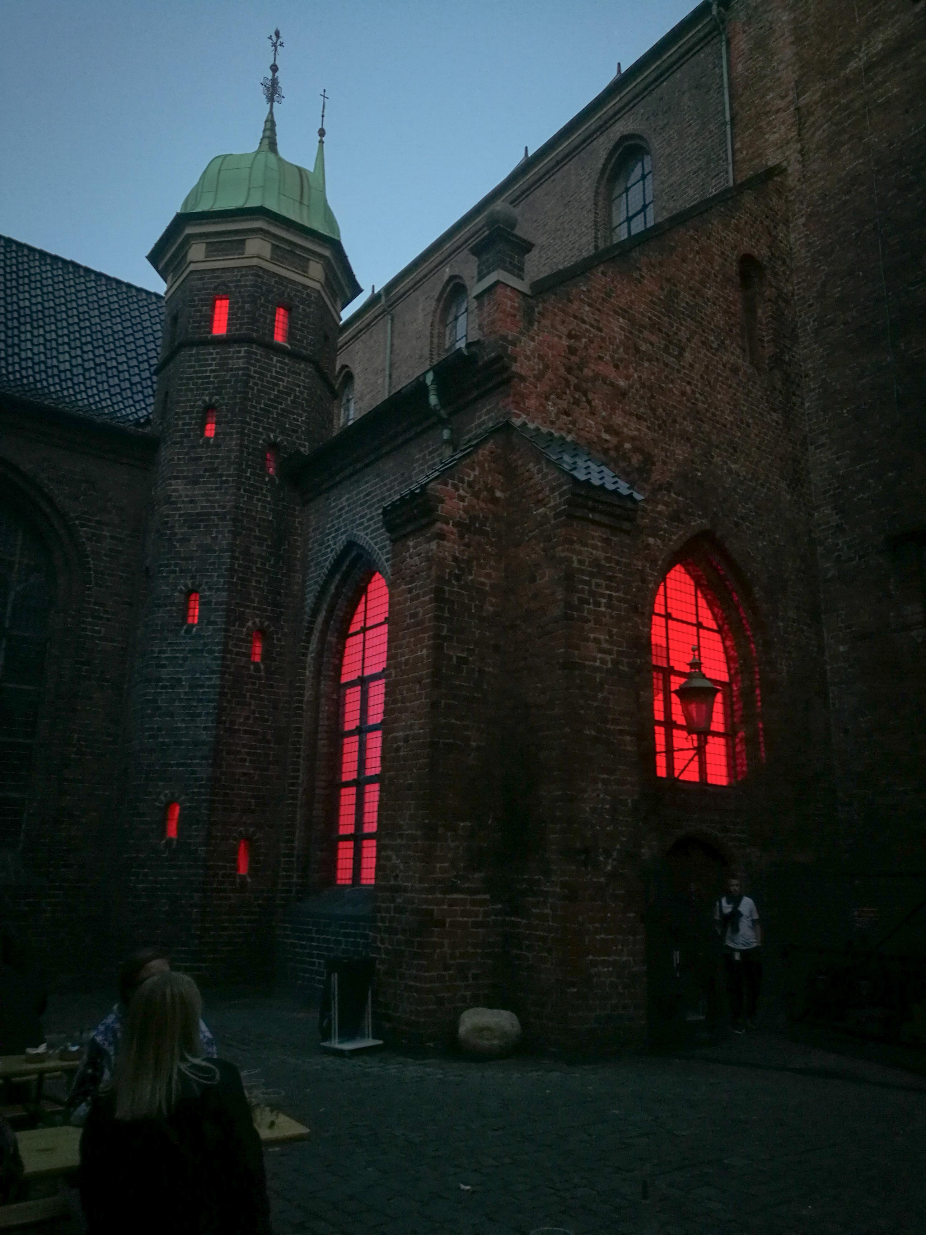 Lighting up Nikolaj Kunsthal & Square